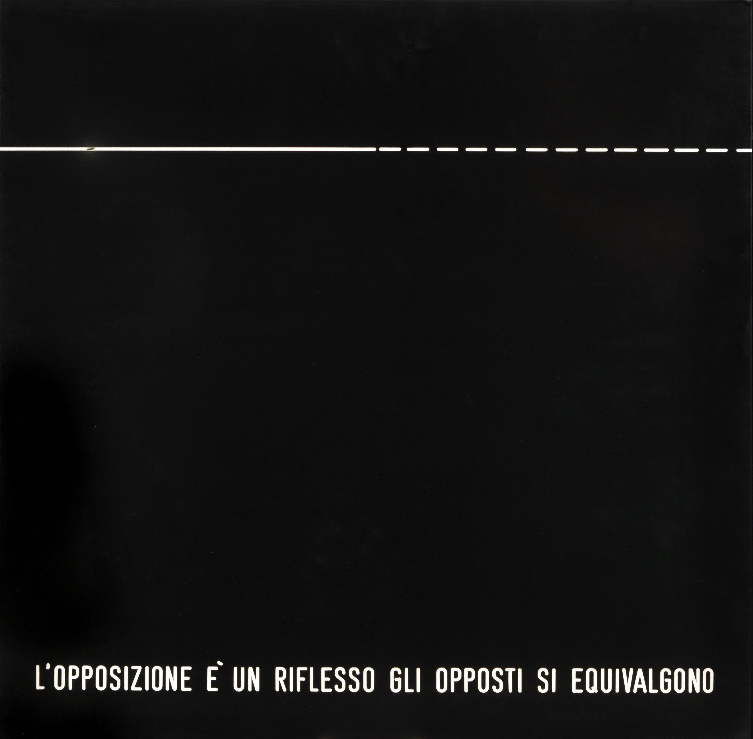 Vincenzo Agnetti, Assioma: l'opposizione è un riflesso gli opposti si equivalgono, 1970, bachelite nera incisa e dipinta con vernice nitro bianca, 70x70 cm