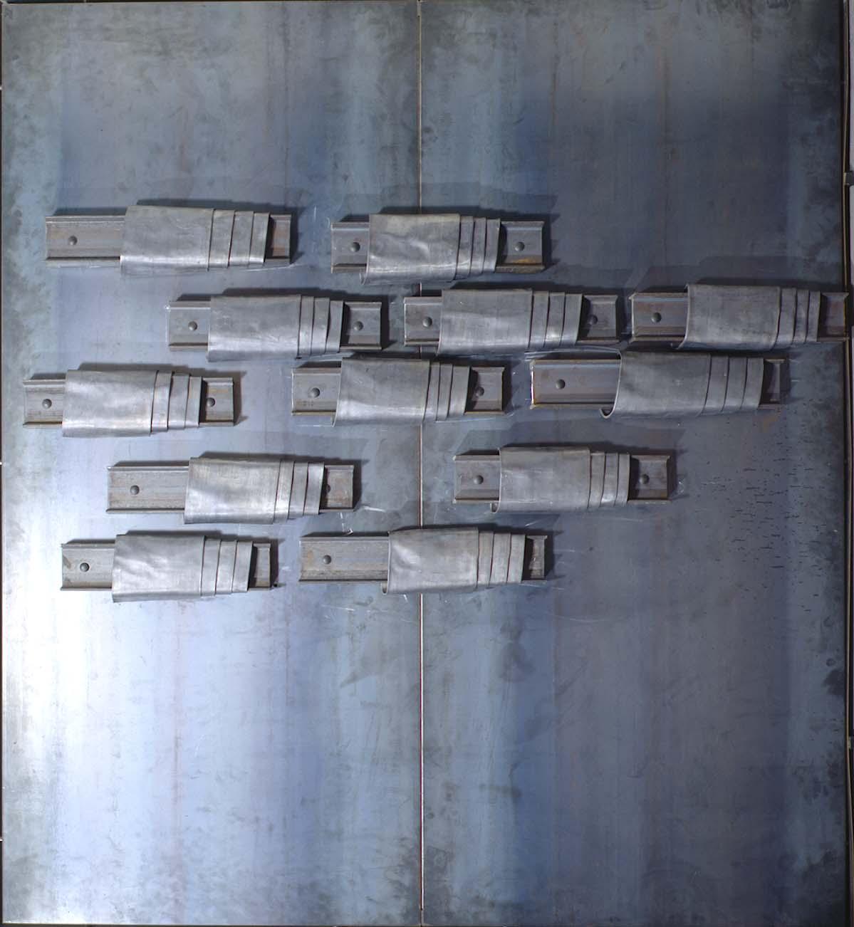 Jannis Kounellis, Senza titolo, 1989, ferro e piombo, 183x206x12 cm